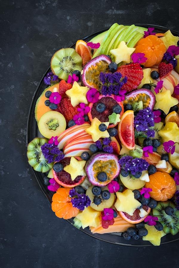 ابداع في تقديم الفواكه 🍉🍇🍍🍎