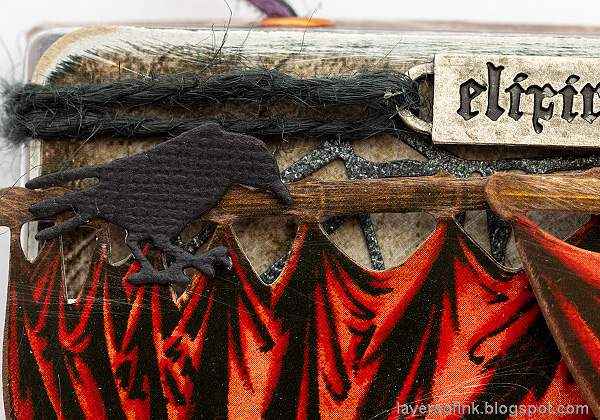 Layers of ink - Halloween Window Tutorial by Anna-Karin Evaldsson. Tim Holtz Layers and Baseboard Frames.