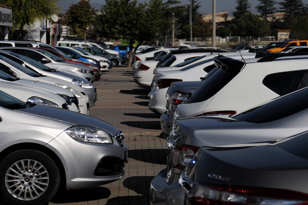 Daftar Mobil Bekas Paling Laris 2021