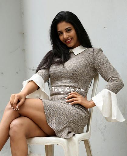 Actress Daksha Nagarkar Hot Thighs Show Pics Actress Trend