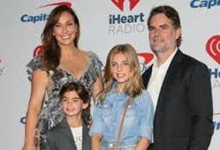 Gordon And His Family