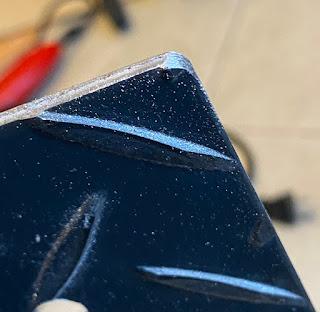 焚火台 自作 作り方 角を削る