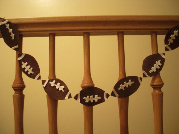 http://www.rewards4mom.com/10-adorable-super-bowl-party-decoration-ideas/