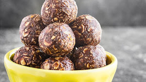 No-Bake Chocolate Peanut Butter Energy Bites