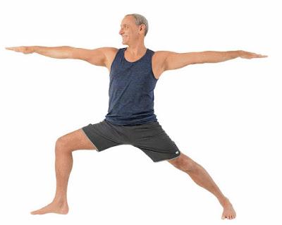 3 tư thế Yoga mà người lớn tuổi ai cũng nên biết