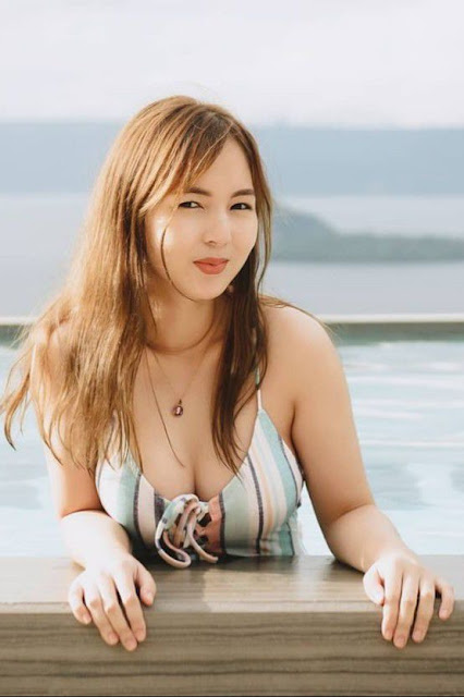 Hot and sexy photos of beautiful asian hottie chick Pinay doctor Krizzle Luna photo highlights on Pinays Finest sexy photo collection site.