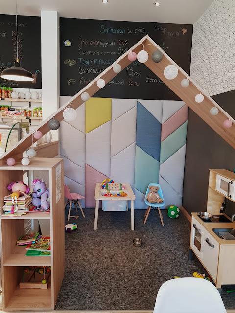 Kawiarnia Fit&Family  z kącikiem dla dzieci