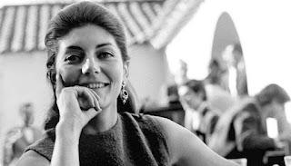 Periodista Delia Vergara recibe premio Lenka Franulic 2020