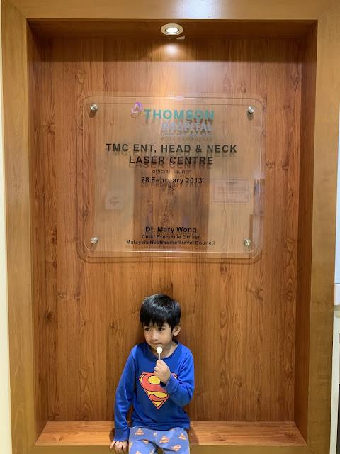 Pakar telinga Thomson Hospital - tahi telinga tersumbat