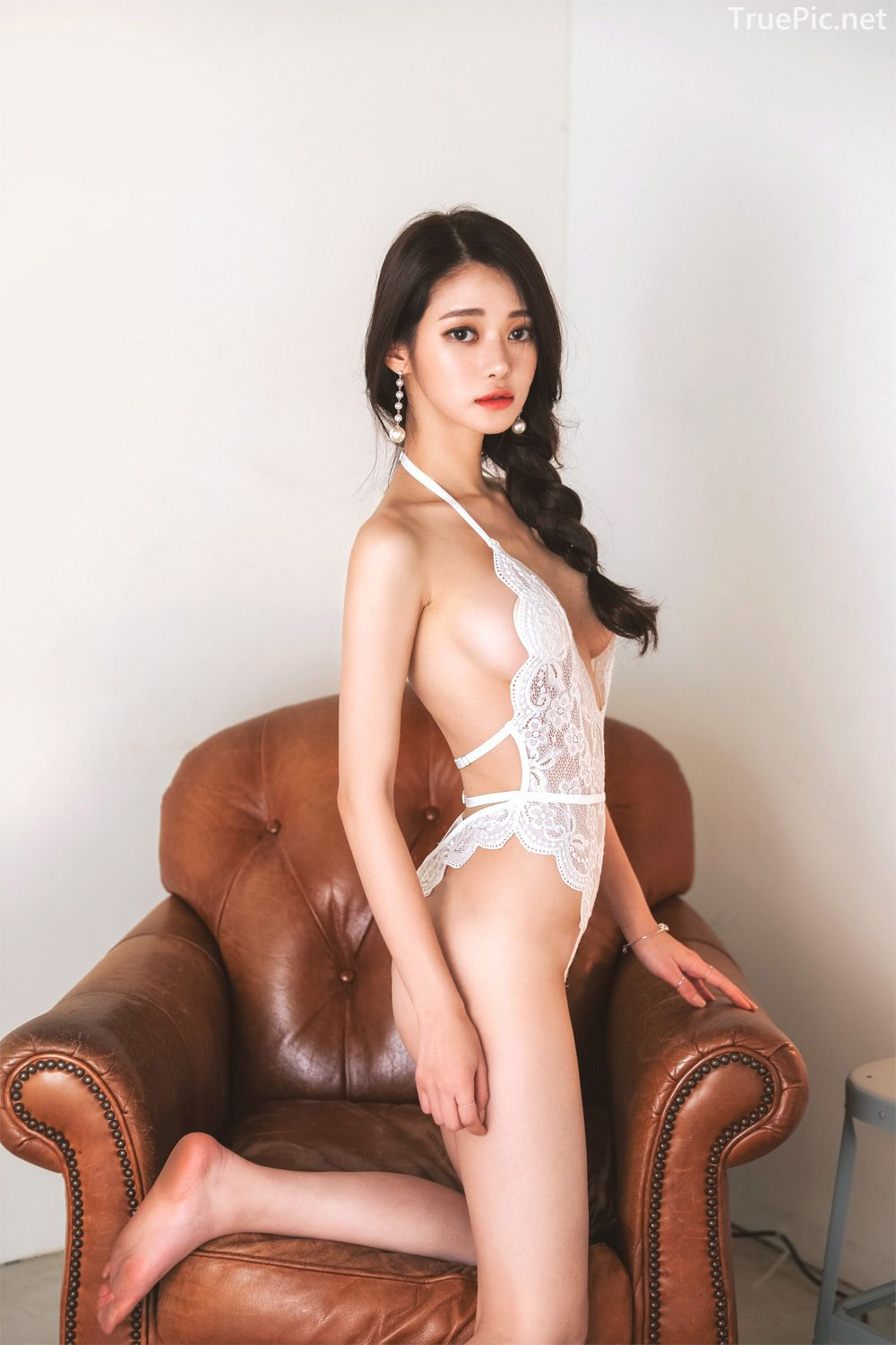 Korean Lingerie Model - Hee - Black and White Sexy Lingerie Collection - TruePic.net - Picture 1