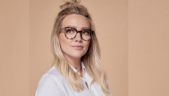 Hilary Duff hammers those blaming her for human dealing: 'Get a leisure activity'
