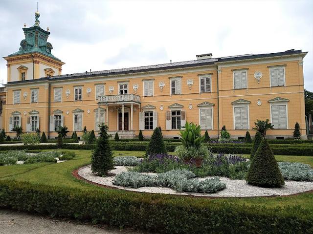 giardino sul retro del Palazzo Wilanów