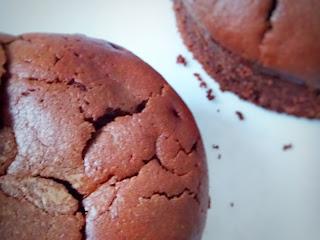 Fondant sans gluten sans lactose au chocolat noir et crème de marrons vanillée