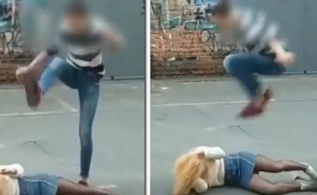 Во Владивостоке 14-летняя школьница жестоко избила подругу за парня! Видео!