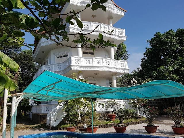 Bán Biệt Thự Hiện Đại Giá Cực rẻ 1400m2 giá 14,2 tỷ. Phường Bửu Long, Tp. Biên Hòa, Đồng Nai
