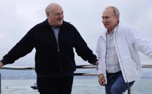 Belarusian President Alexander Lukashenko and Russian President Vladimir Putin.
