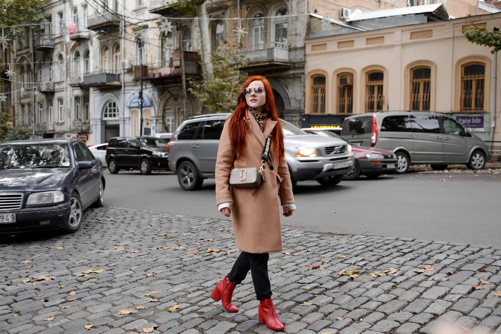 http://www.recklessdiary.ru/2019/01/chto-posmotret-v-tbilisi-za-odin-den-za-dva-dnya-gde-ostanovitsya-gruzinskaya-kuhnya-chto-poprobovat.html