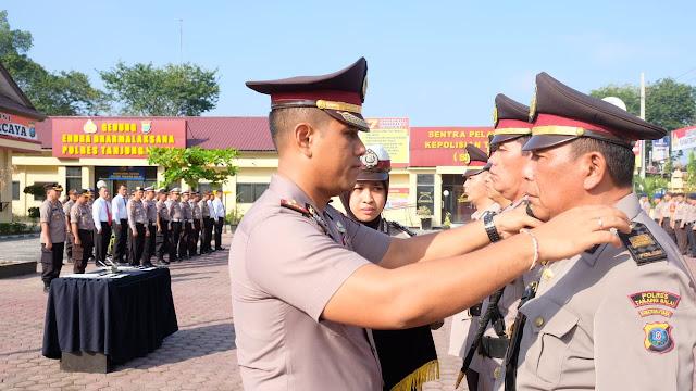 KapolresTanjung Balai Pimpin Sertijab Kasat Reskrim dan Kasat Bimmas
