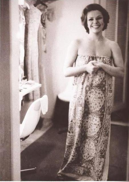 Elis Regina foto, vestido estampado