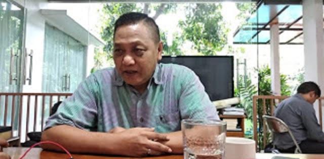 Adhie Massardi: Kabinet Tidak Punya Sense Of Crisis, DPR Sibuk Otak-Atik Pancasila, Lalu Siapa Yang Urus Rakyat?