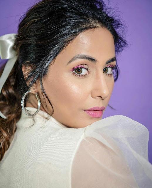 Hina Khan Wallpaper Download