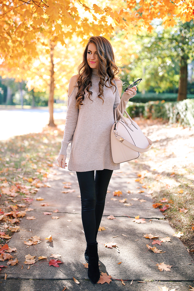 25 Easy Thanksgiving Outfit Ideas | Southern Curls & Pearls ...