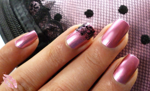 http://tiamels.blogspot.de/2013/11/nails-kiko-red-peony-und-nagel.html