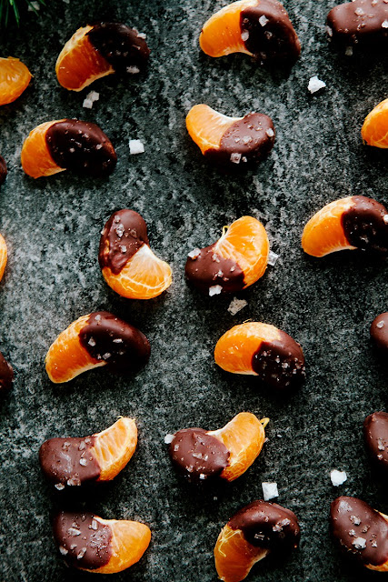 New Years Eve Dessert Ideas, New Years Eve Dessert recipes, New Years Eve recipes, New Years Eve Dessert recipes for party, party recipes, NYE dessert recipes, Champagne Cupcakes, recipes using Champagne, orange and chocolate recipes, chocolate covered oranges,  Champagne Cake Balls, Orange Candied Cranberries, candied cranberries, cranberry recipes, New Years Eve Popcorn , popcorn recipes, Strawberry Champagne Cheesecakes, Easy Pretzel Stick Sparklers, Glitter Dipped Fortune Cookies, Dipped Fortune Cookies