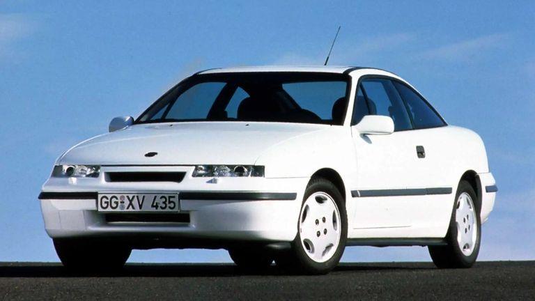 طراز Opel Calibra موديل 1989
