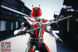 S.H. Figuarts Shinkocchou Seihou Kamen Rider Den-O Sword & Gun Form 25