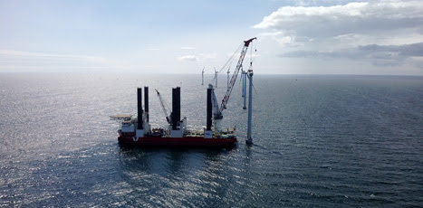 vestas installs first offshore v112s wind turbines reve. Black Bedroom Furniture Sets. Home Design Ideas