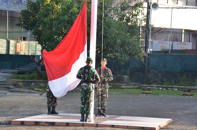 Personel Korem 141/Tp dan Balakrem Laksanakan Upacara Bendera, Ini Kata Kapenrem 141/Tp