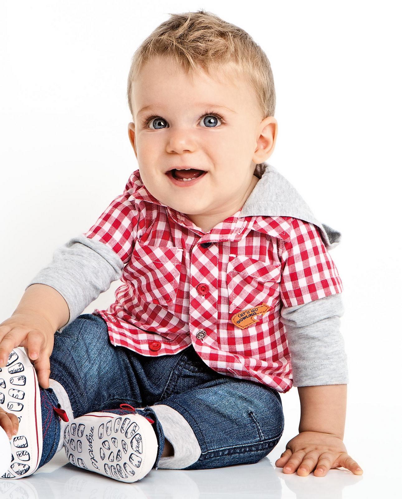 La línea BOSS presenta novedosa moda infantil para niños y niñas de entre 18 meses y 16 años. Puede elegir entre combinaciones casual, de fiesta o sport.