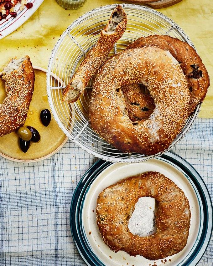 Black Olive Sesame Breads