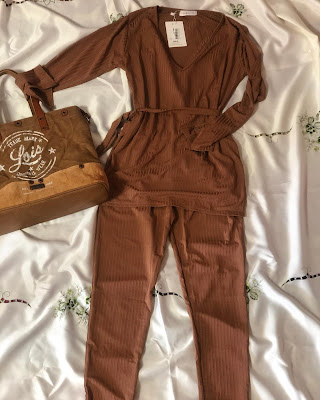 ribbed-belted-loungewear-femmeluxefinery