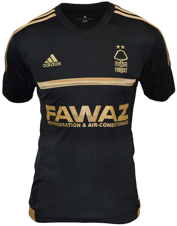 Compre camisas de times internacionais e de outros clubes e seleções de  futebol 478fb12fbce81