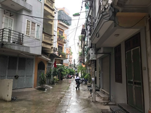Sau vụ cháy Cty Rạng Đông: Dân bức xúc vì có nhà mà không dám về
