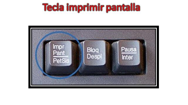 la tecla imprimir pantalla la encontramos en la parte superior de nuestro teclado al lado derecho por lo general está al arriba de la tecla de retroceso