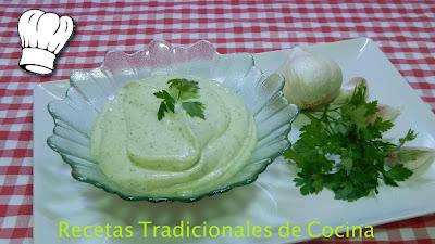 Cómo hacer alioli verde una salsa muy fácil y deliciosa