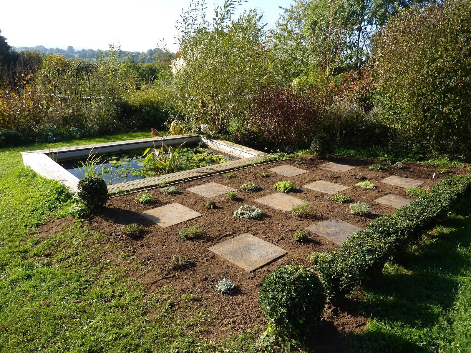 Le jardin de la fol terie avril 2016 for Jardin d aywiers 2016