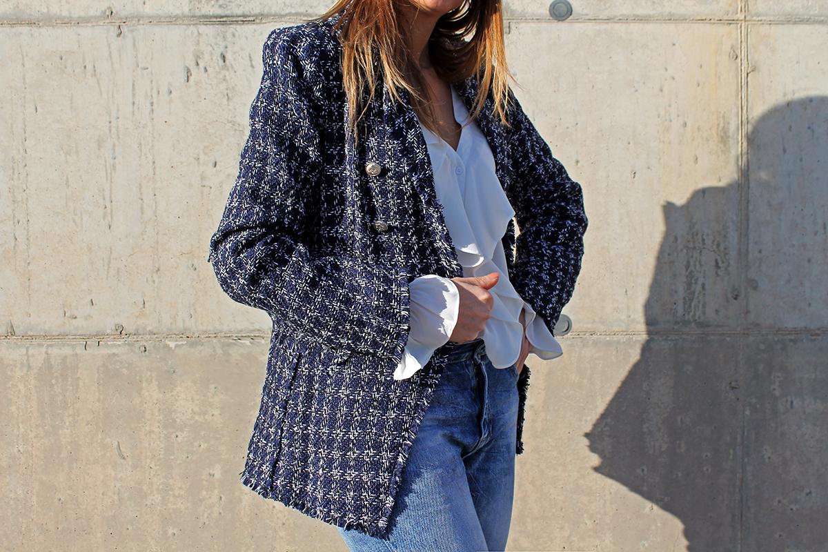 blazer tweed blu modello Balmain
