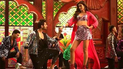 Luka Chuppi (2019) Movie Scenes Kriti Sanon and Kartik Aryan