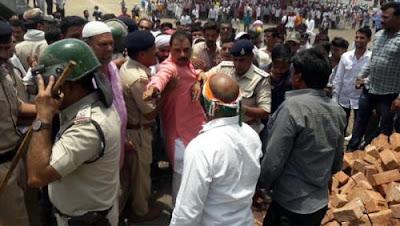 ratlam news-सिद्धु की सभा के पूर्व ही कांग्रेस और भाजपा में हुई भिड़ंत