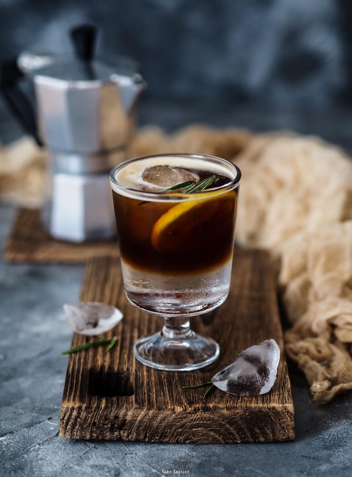 espresso z tonikiem