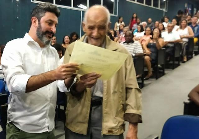 Aos 91 Anos - Idoso realiza o sonho de vida