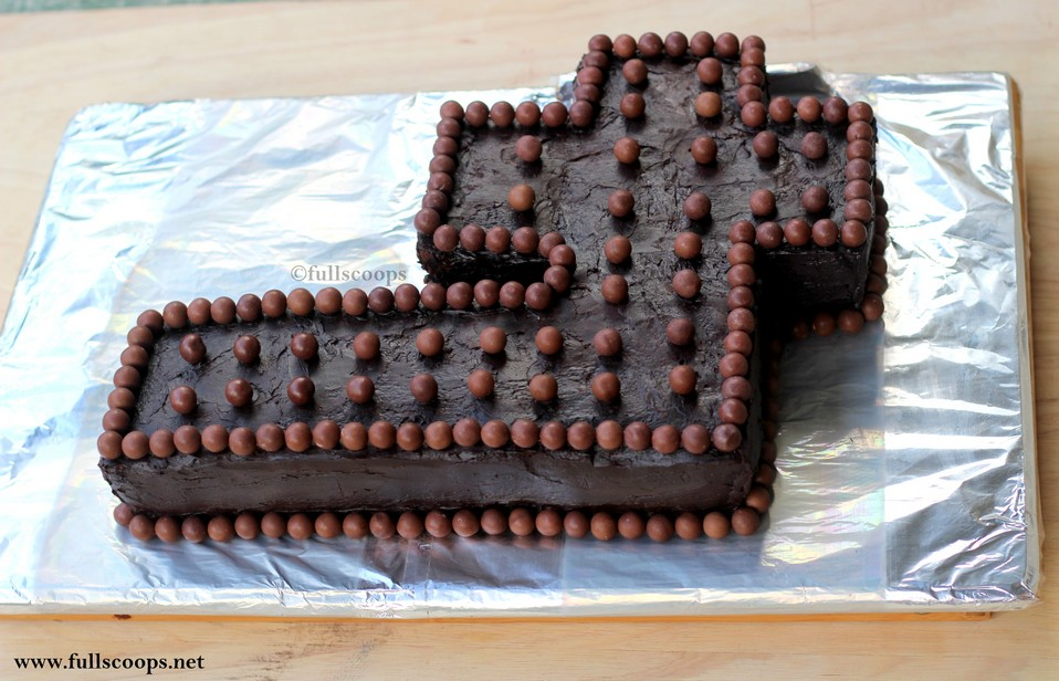 How To Make A Number 4 Cake