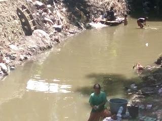 Warga di Bantaran Sungai Na'e Berharap Bantuan Air Bersih