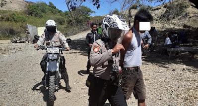 Tukang Palak Pengunjung Wisata Bukit Merese Kuta Lombok Dibekuk