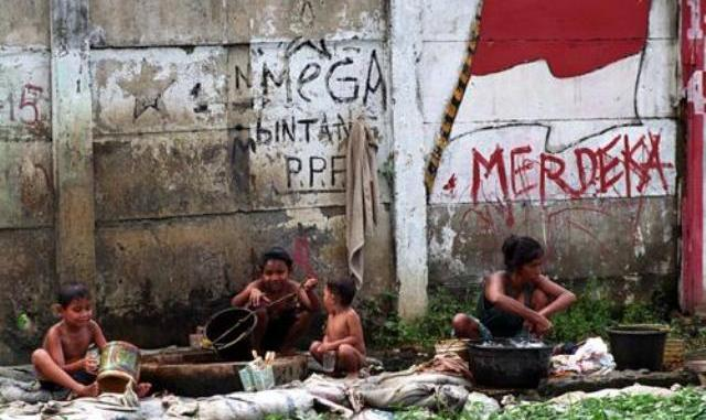 115 Juta Orang Indonesia Nggak Miskin Lagi Tapi Tak Bisa Juga Naik Jadi Kelas Menengah