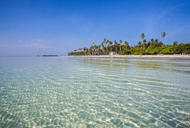 Pantai Pulau Derawan, Kalimantan Timur